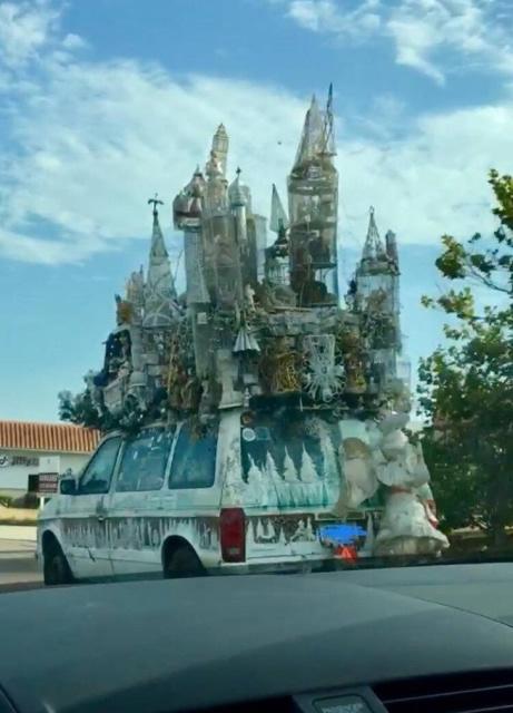 castle_car