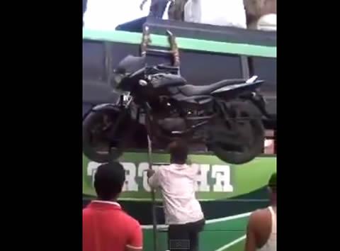 india_head_bike
