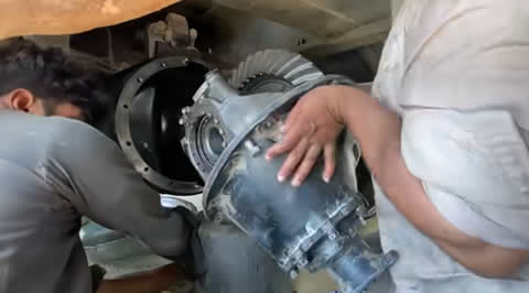 The sound is different from the differential gear