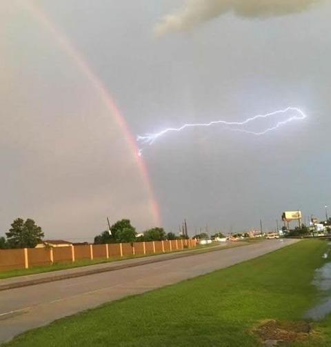 rainbow_thunder