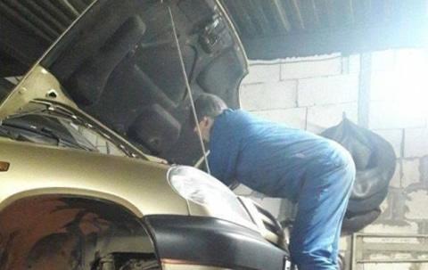 Acrobatic maintenance_s