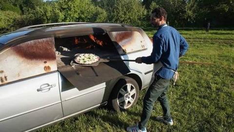 pizza_car
