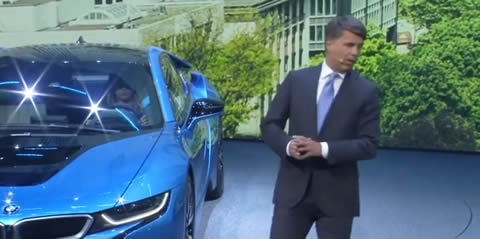 BMW_CEO_Harald_Krueger_collapses_on_stage_in_Frankfurt