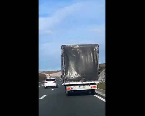 Small Truck VS Strong Wind