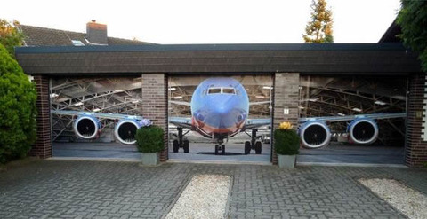 airplane_garage