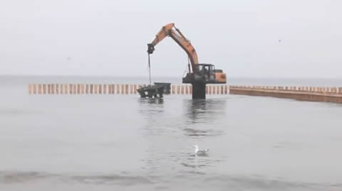 Special Excavator for Underwater Work