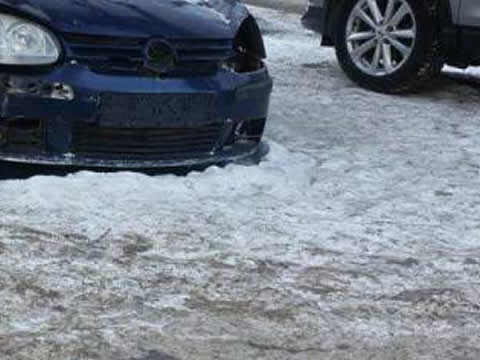 icy_car_s