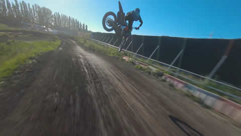 Motorcross vs Race Drone