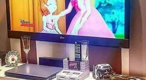 【画像】VWテレビボード