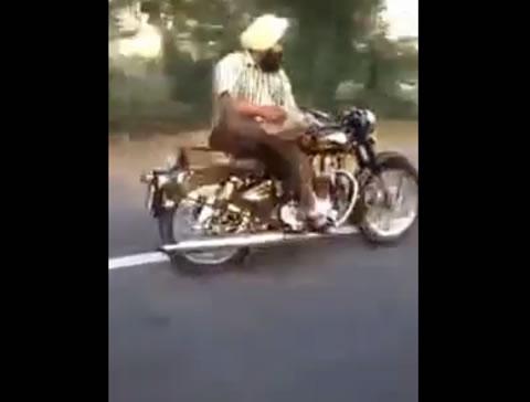 india_papernews_bike