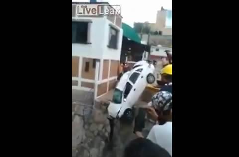 tow_car_fail