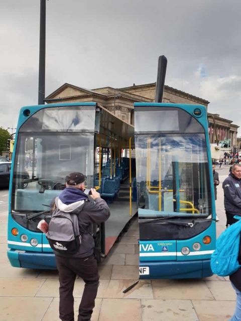 bus_cut