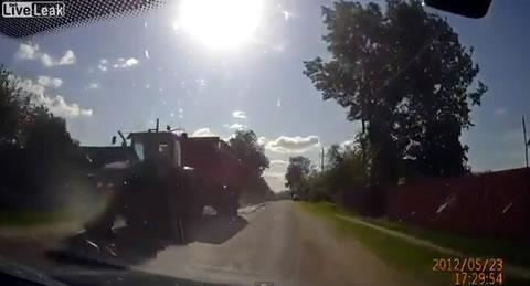 tractor_mud