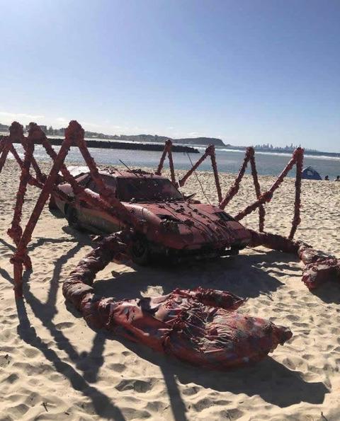 robster_car