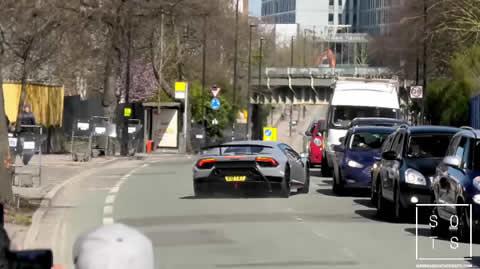Lamborghini Performante LOSES control
