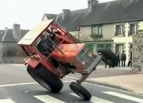 tractor_stant
