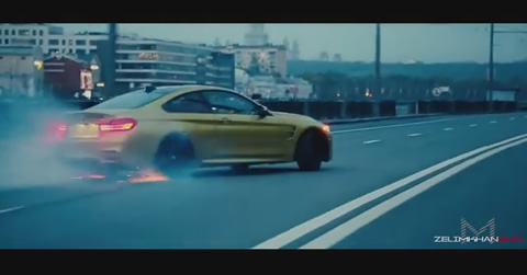 BMW M4-Crazy Moscow City Driving