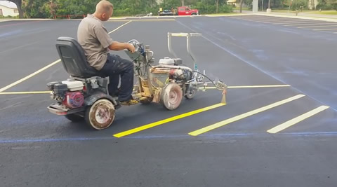 Professional parking lot striping linelazer 3900
