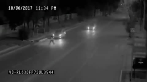 TELEPORTATION MAN SAVE GIRL FROM CAR ACCIDENT