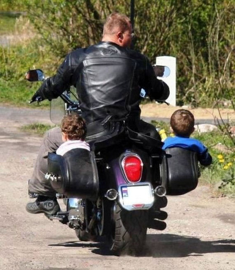 2child_biker