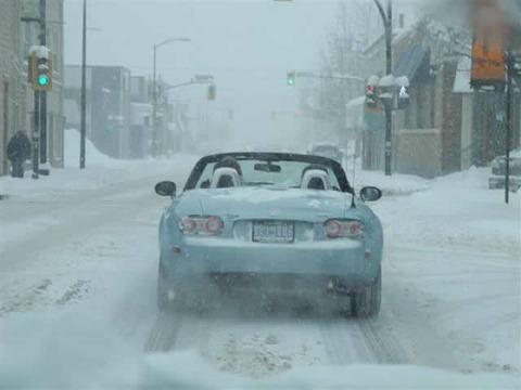 snow_opencar