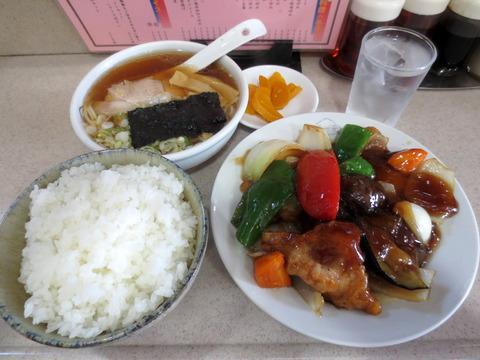 酢豚ランチ