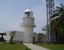 日の岬の灯台