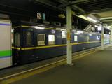 苫小牧駅に停車中の高速軌道試験車