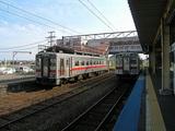 深川駅ホームに停車中の留萌本線列車