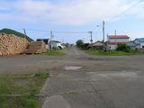 西様似駅 駅前