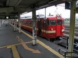 岩見沢駅に停車中の旭川行き始発普通列車