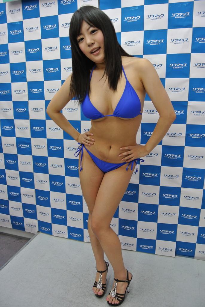 てれびまにあ。 : ★HカップAV女優「星宮あい」秋葉原イベント pics