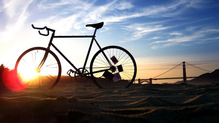 Bicycle_theme_photography_widescreen_wallpaper_1366x768