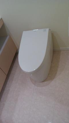 restroom2