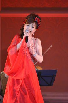 _DSC0321 ブログ用 赤ドレス