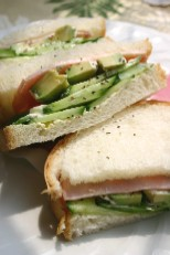 きゅうりのフレッシュサンドイッチ