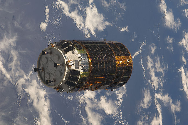 640px-HTV-1_approaches_ISS