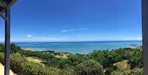 沖縄の絶景カフェ「カフェくるくま」
