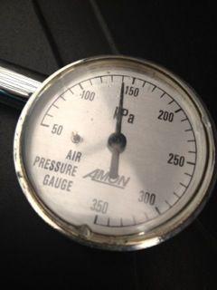 今年2回目の空気圧チェック