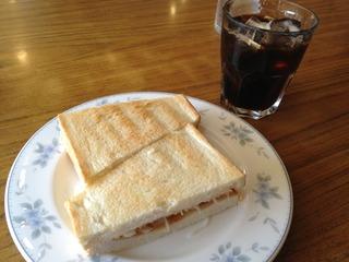 名古屋の喫茶店「コンパル」のモーニング