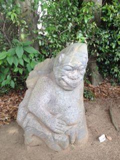 blog_120531_saruishi