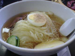 平壌苑冷麺