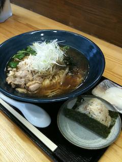 「koji屋」鶏中華+チャーシューおにぎり