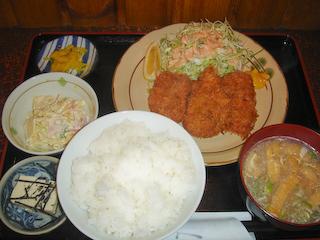 「キッチン台所家たわらや」日替わりヒレカツ