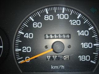 111111kmメーター