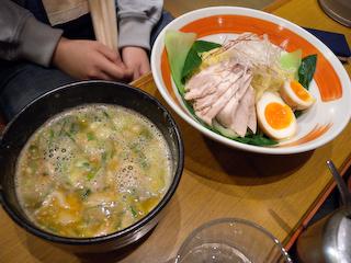 「こむらさき」つけ麺