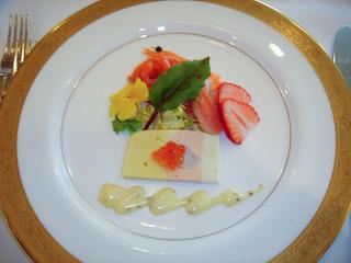 海の幸のテリーヌと魚介のサラダ仕立て
