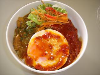 「Lunch up」ロコモコ&グリーンカレー