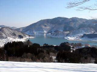 月山湖の眺め