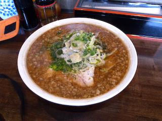 20100329麺屋吉村_魚介しょうゆラーメン